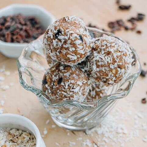 Almond Cacao Energy Bites