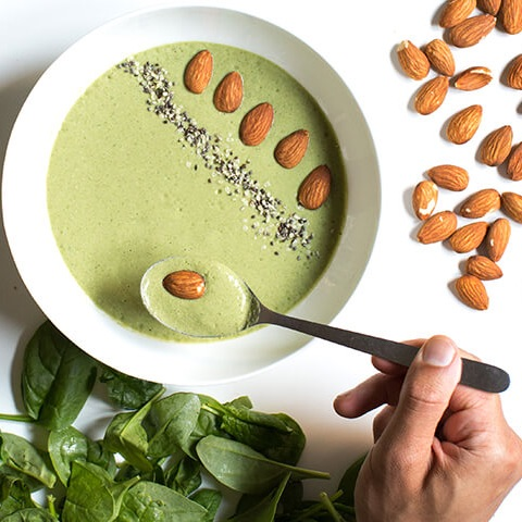 Vanilla & Greens Smoothie Bowl